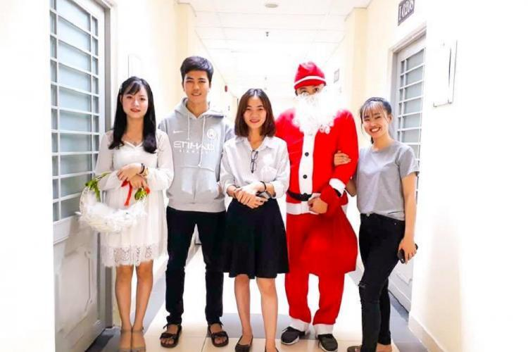 Warm Christmas Eve at dormitory